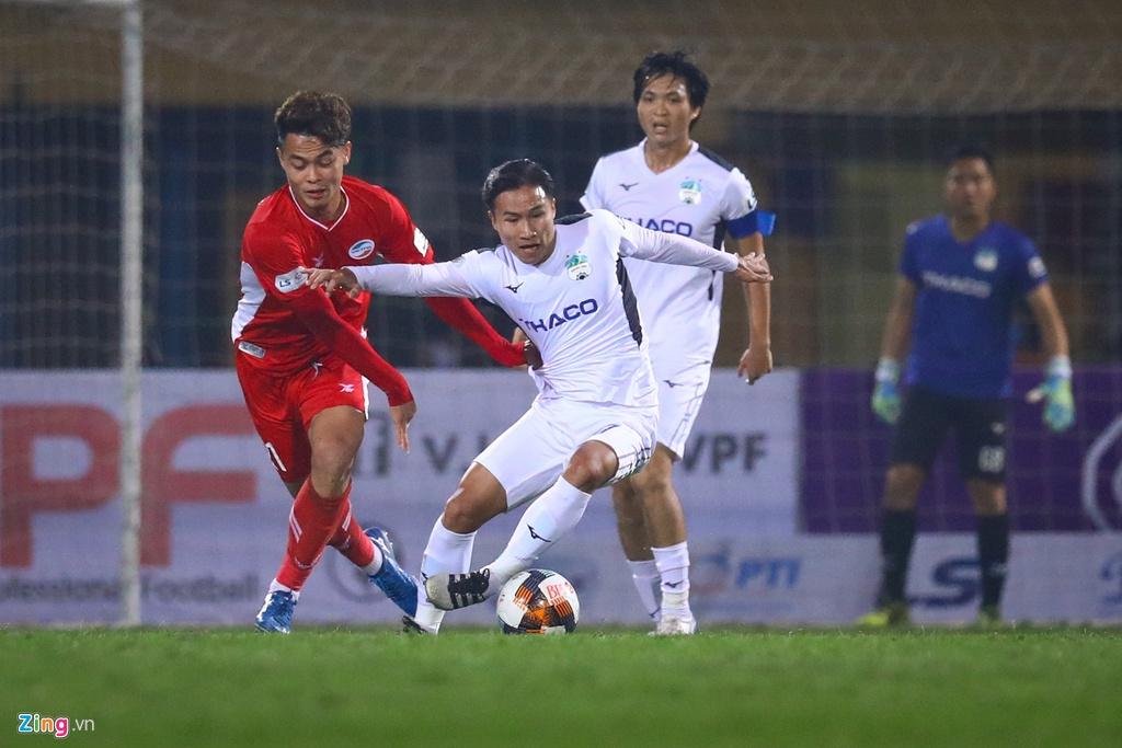Khong con Tuan Anh, HAGL thua lien 3 ban trong 9 phut hinh anh 3
