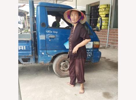 """Nữ """"đại gia chân đất"""" Bắc Giang bất ngờ ủng hộ 50 tấn gạo chống Covid-19 - 1"""