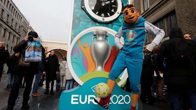 SỐC: EURO 2020 lâm nguy vì đại dịch Covid-19, hoãn đến bao giờ? - 1