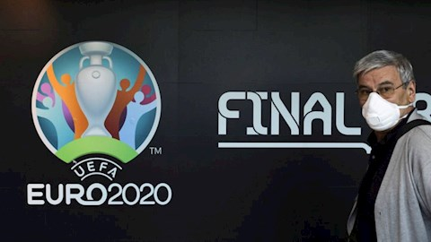 Euro 2020 CHÍNH THỨC được dời sang năm 2021, đẩy FIFA vào tình thế khó xử hình ảnh 2