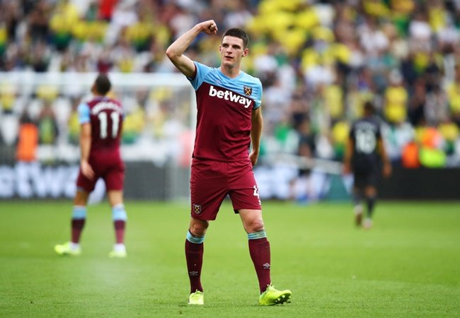 Frank Lampard asks Chelsea board to fund move for Manchester United target Declan Rice - Bóng Đá