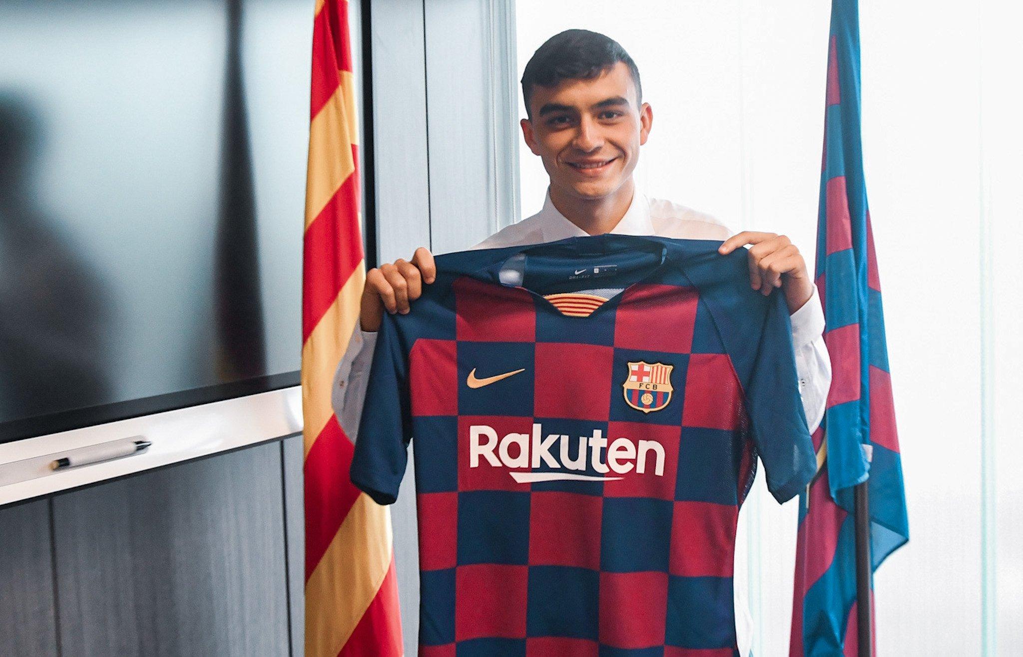Ajax interested in Barcelona youngster - Bóng Đá