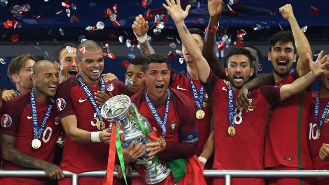 SỐC: EURO 2020 lâm nguy vì đại dịch Covid-19, hoãn đến bao giờ? - 2