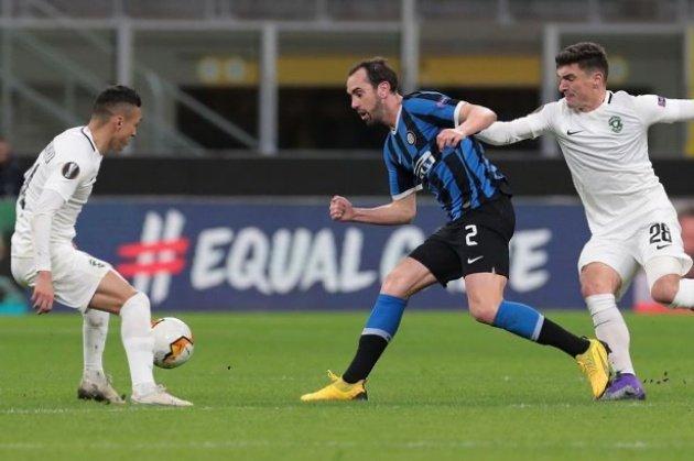 Tottenham to rival Man Utd in transfer race for Inter Milan defender Diego Godin - Bóng Đá