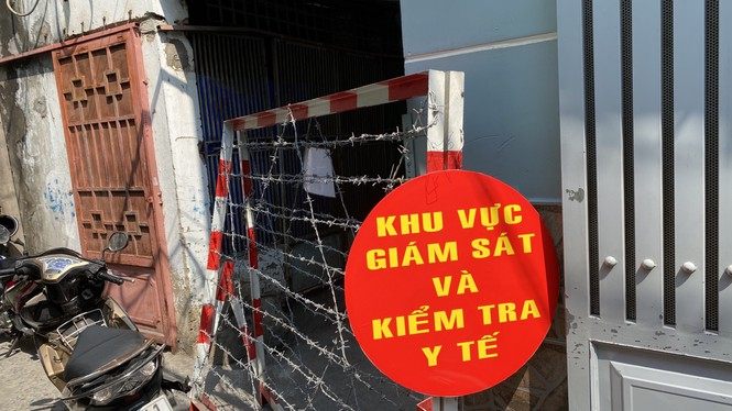 Cách ly 53 cán bộ nhân viên bệnh viện huyện Bình Chánh đi đám tang - Ảnh 1.