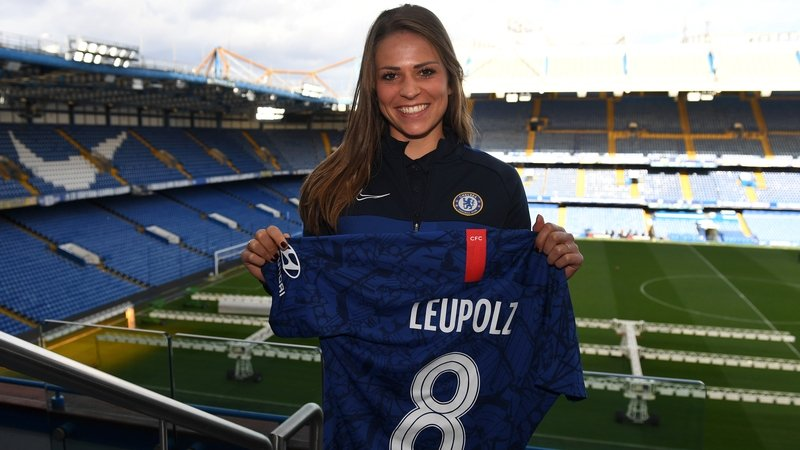 Chelsea agree deal for Bayern's Melanie Leupolz - Bóng Đá