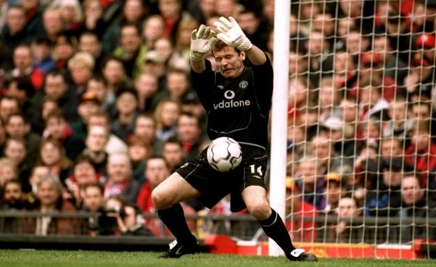 Remembering every goalkeeper Man United signed between Peter Schmeichel and Edwin van der Sar - Bóng Đá