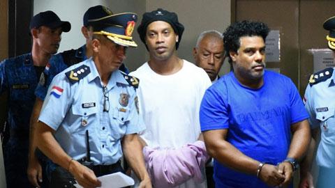 Thẩm phán bác đề nghị bảo lãnh trị giá 1,6 triệu euro, Ronaldinho tiếp tục ngồi tù