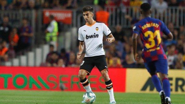 Juve cạnh tranh với Liverpool vì Ferran Torres - Bóng Đá