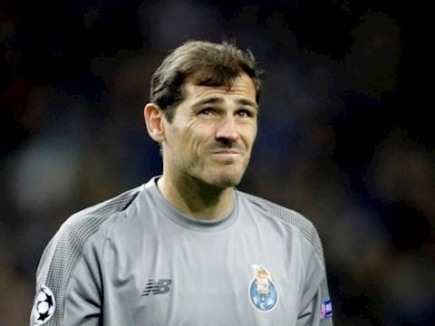 Thủ môn Iker Casillas sẵn sàng trở lại Real Madrid hình ảnh