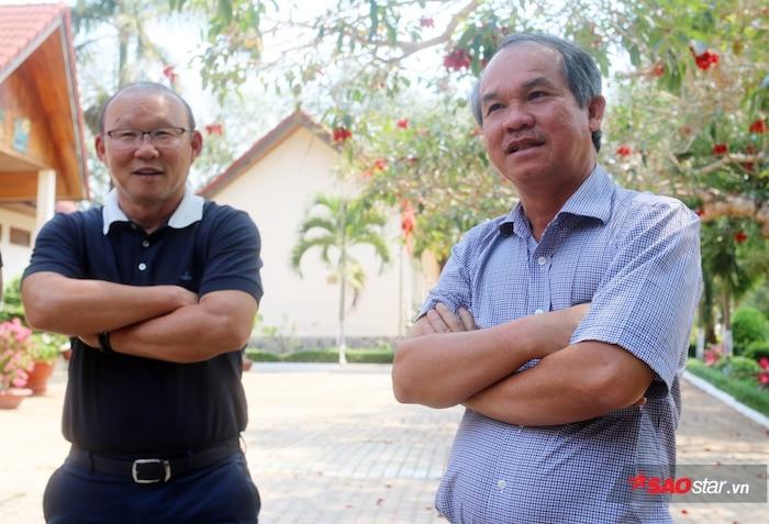 Ở tuổi 59, HLV Park Hang Seo theo tiếng gọi của bầu Đức để đến Việt Nam và mở ra thành công.