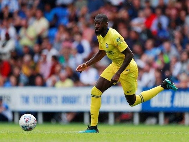 Paris Saint-Germain eye move for Chelsea midfielder Tiemoue Bakayoko? - Bóng Đá