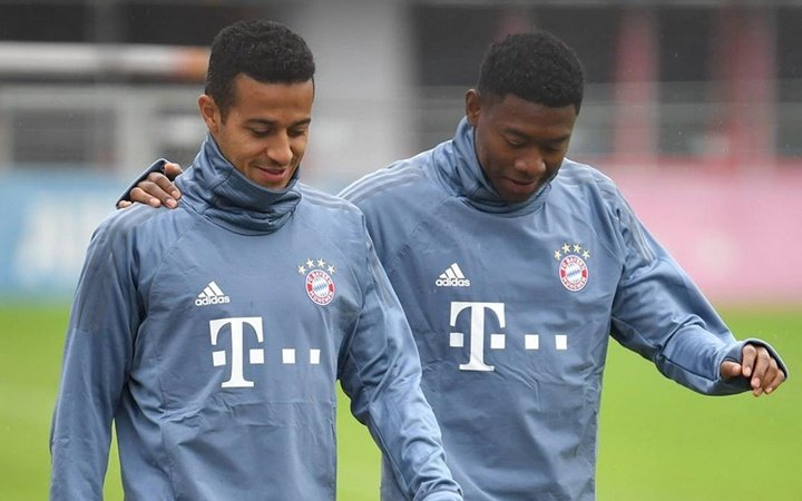 Bayern still need to iron out 'a few details' with Alaba, Neuer and Thiago - Bóng Đá