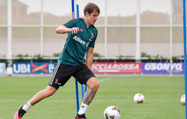 Ảnh: Dybala và Pjanic trở lại tập luyện cùng Juventus - Bóng Đá