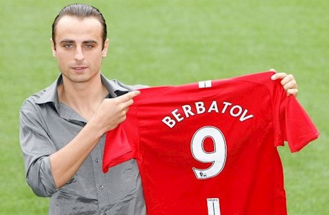 Dimitar Berbatov lý giải việc từ chối Man City để gia nhập MU hình ảnh