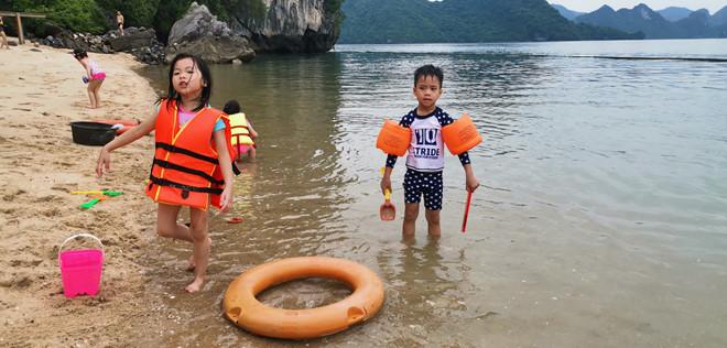 Khám phá hòn đảo thiên đường trên vịnh Hạ Long - ảnh 3