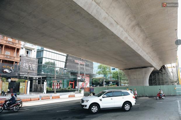 Chùm ảnh cầu Thủ Thiêm 2: Cây cầu dây văng hiện đại nối quận 1 với khu đô thị mới quận 2 đang gấp rút hoàn thiện - Ảnh 16.
