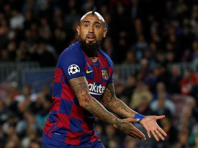Arturo Vidal 'open to Barcelona exit' - Bóng Đá