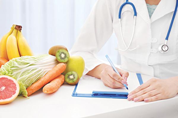 """Mách bạn 9 bước đơn giản nhận diện """"chuyên gia dinh dưỡng"""" dỏm để tránh bị dắt mũi hoặc lừa đảo - Ảnh 2."""