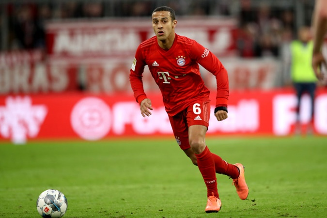 Thiago leaning toward stay with Bayern Munich after family discussions - Bóng Đá