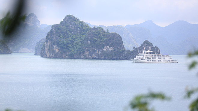 Khám phá hòn đảo thiên đường trên vịnh Hạ Long - ảnh 10
