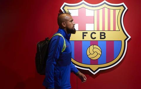Bị Barca đem ra tế thần, Arturo Vidal có suy nghĩ gì hình ảnh