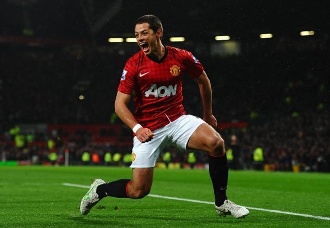 Rio Ferdinand reveals promise Man Utd scout made before Javier Hernandez transfer - Bóng Đá