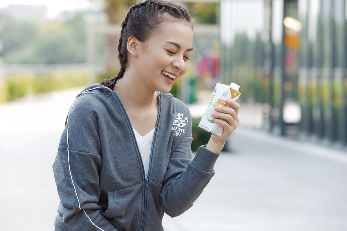Cocoxim không chỉ giải khát mà còn cấp nước và các khoáng chất cần thiết cho cơ thể.