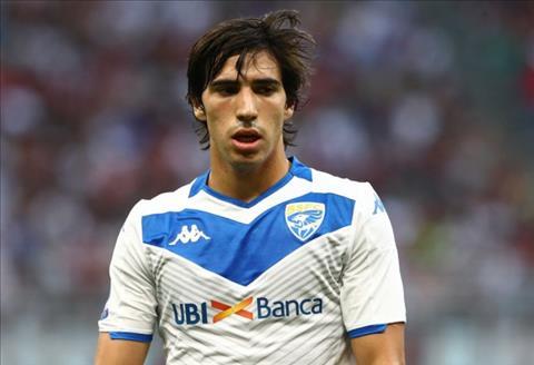 Sandro Tonali được đại diện khuyên từ chối Barca và Real hình ảnh