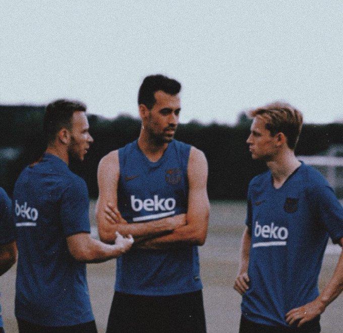 PSG enter the fight for Pjanic - Bóng Đá