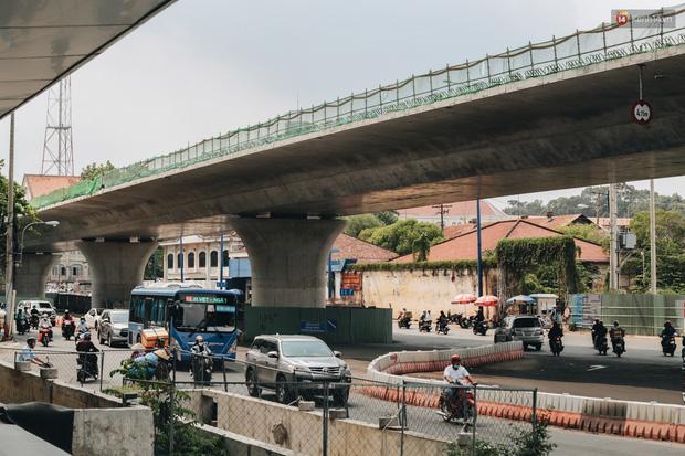 Chùm ảnh cầu Thủ Thiêm 2: Cây cầu dây văng hiện đại nối quận 1 với khu đô thị mới quận 2 đang gấp rút hoàn thiện - Ảnh 15.