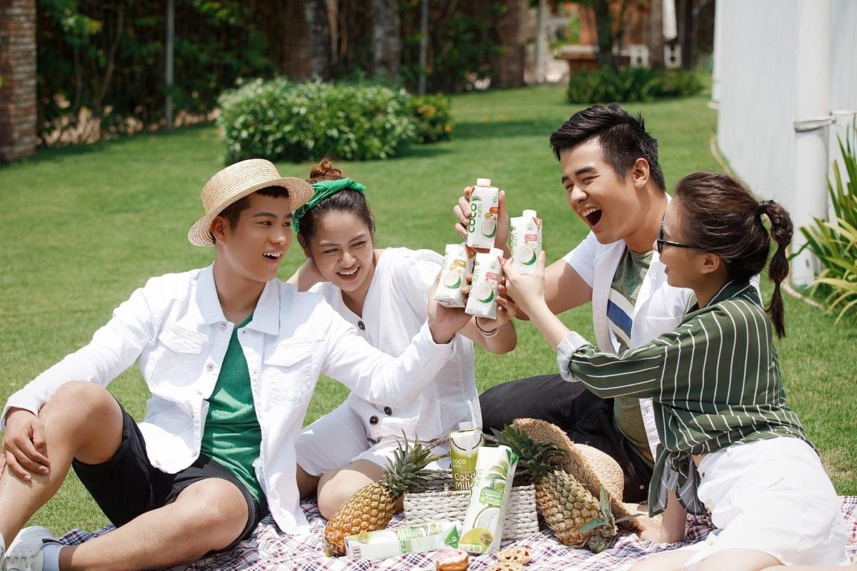 Dừa hộp Cocoxim là thức uống giải khát được nhiều người Việt yêu thích.