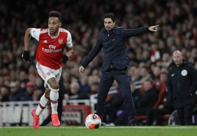 'They could have asked for £100m' - Arsenal must now sell Aubameyang on the cheap after 'crazy' mistake says Aliadiere - Bóng Đá