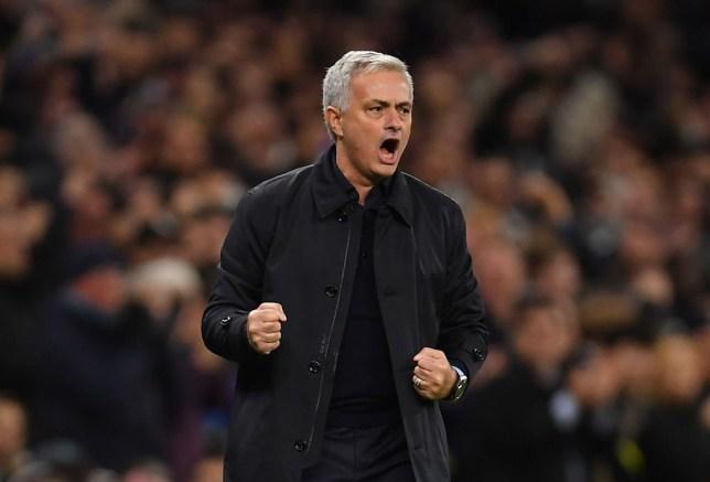 Jose Mourinho tells Tottenham Hotspur board he wants reunion with Chelsea star Kurt Zouma - Bóng Đá