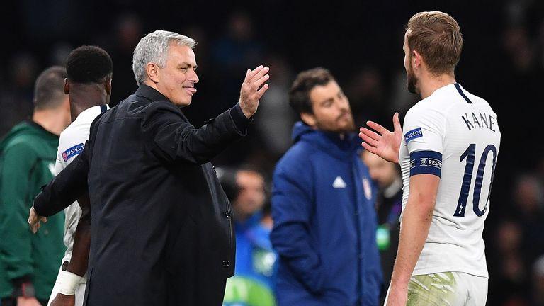 Harry Kane vẫn là con bài tẩy của Mourinho