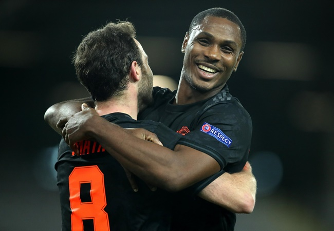 Luke Shaw reveals how Manchester United squad reacted to Odion Ighalo extension - Bóng Đá