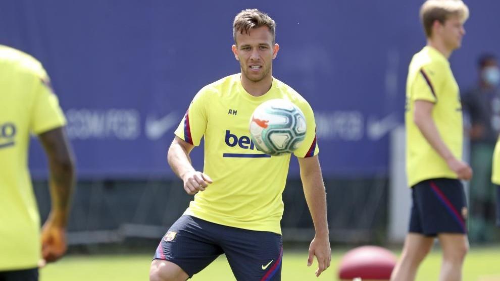 Arthur's latest 'no' to Juventus - Bóng Đá