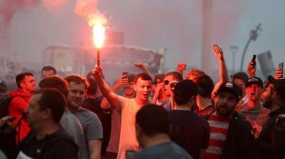 Nếu virus được phát tán bởi những đám đông vô tổ chức này, Anfield sẽ bị đóng cửa