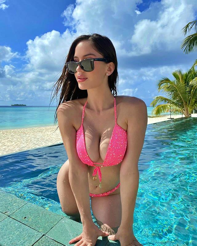 Natalia Barulich (bạn gái Neymar) - 2,7 triệu người theo dõi trên Instagram