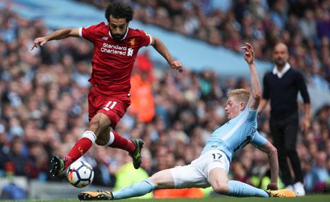 Mùa tới, Salah (trái) và đồng đội sẽ phải đối diện sự cạnh tranh dữ dội hơn từ Man City