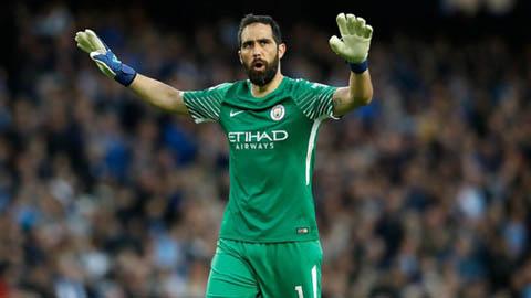 Arsenal nhắm thủ môn số 2 của Man City để thay Leno