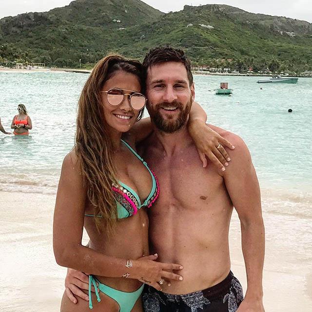 Antonella Roccuzzo(vợ Lionel Messi) - 12,6 triệu người theo dõi trên Instagram