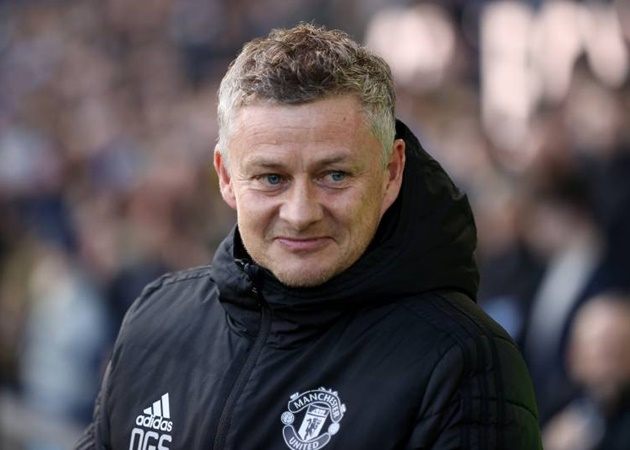 Man Utd only need one more signing to challenge for title - Neville - Bóng Đá