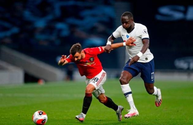 Bruno Fernandes nips to shops in his Mini after Patrice Evra called comparison to Man Utd legend Paul Scholes a 'crime' - Bóng Đá