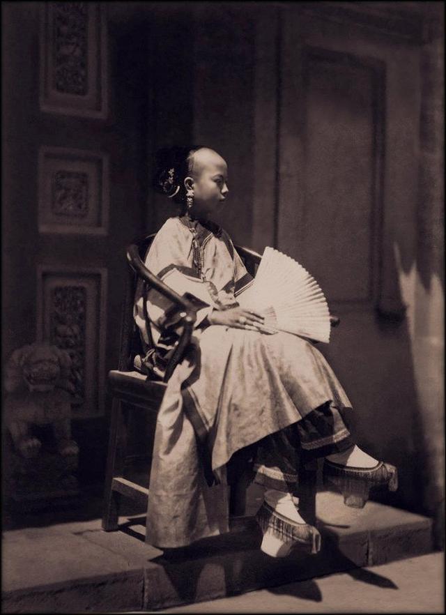 Loạt ảnh quý giá phản ánh chân thật cuộc sống người Trung Quốc trong giai đoạn biến động từ cuối thời nhà Thanh đến thời Dân Quốc - Ảnh 4.