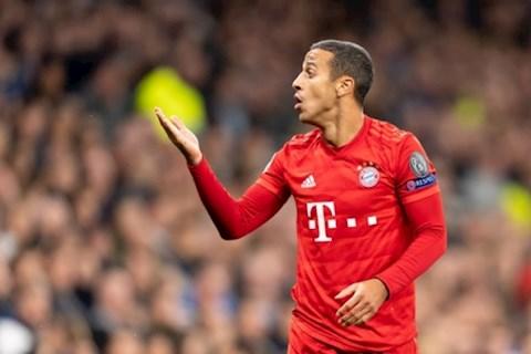 Thiago Alcantara tu choi ky hop dong moi voi Bayern Munich