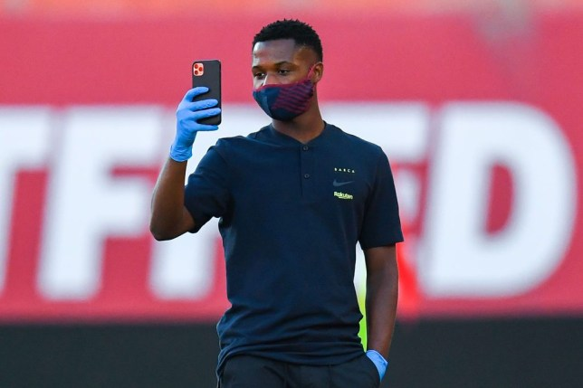 Barcelona star Ansu Fati makes decision over Manchester United transfer    - Bóng Đá