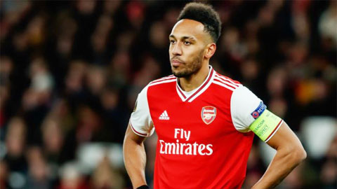 Arsenal nên giữ người hay rao bán?
