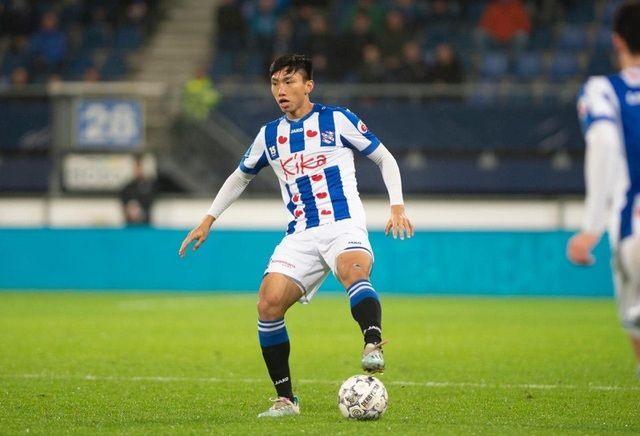 Đoàn Văn Hậu sáng cửa ở lại cùng SC Heerenveen mùa tới. Ảnh: SC Heerenveen.