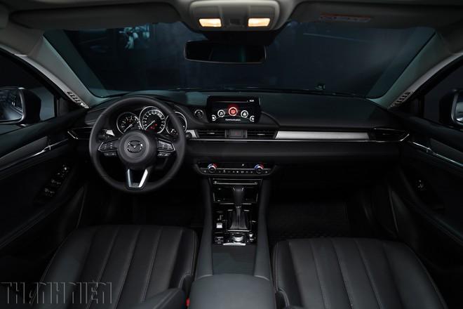 Sedan hạng D: Cuộc đua 'trẻ hóa', Mazda6 thách thức Toyota Camry - ảnh 5